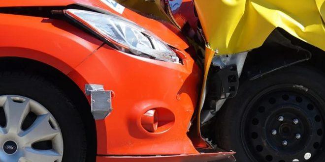 Auffahrunfall 660x330 - Fingierte Autounfälle - Versicherungsbetrug ist kein Kavaliersdelikt
